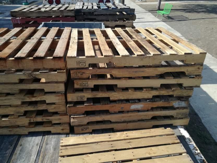 Tarimas recicladas propinsa for Tarimas de madera recicladas